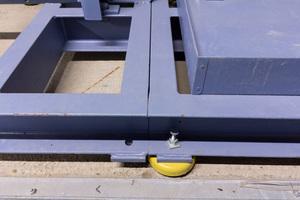 Um Engstellen im Keller zu überwinden, wurden die Flüssigkeitskühlsätze in Modulen angeliefert.
