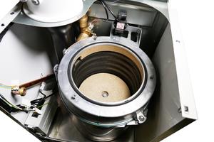 Die optimierten V4A-Rippenrohr-Wärmetauscher verfügen über die siebenfache Oberfläche im Vergleich zu Glattrohrwärmetauschern.<br />&nbsp;<br />