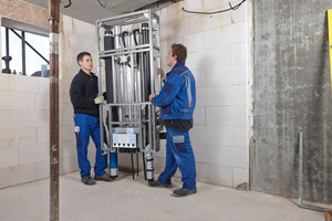 Aus einer Notlösung wurde ein Dauerbrenner: Vorgefertigte Installationssysteme erobern aufgrund ihrer zahlreichen Vorteile immer mehr Baustellen.