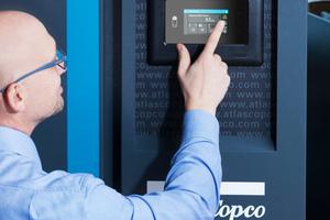 """<irspacing style=""""letter-spacing: -0.015em;"""">Das Fernüberwachungssystem """"Smartlink"""" vernetzt alle Maschinen innerhalb einer Kompressorstation.</irspacing>"""