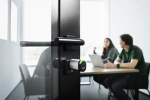 """Der Salto-""""Neo""""-Zylinder arbeitet nahtlos mit virtueller Vernetzung, Funkvernetzung und Mobile Access und kann bis zu 130.000 Öffnungszyklen mit einem Batteriesatz erreichen.<br />"""