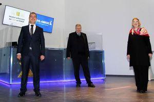 Seit Jahren geplant und nun vollzogen: Generationenwechsel bei Ziehl-Abegg (von links). Dennis Ziehl (neuer Aufsichtsratsvorsitzender), Uwe Ziehl (bisheriger Aufsichtsratsvorsitzender) und Sindia Ziehl (neues Aufsichtsratsmitglied).