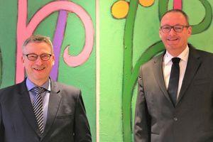 Dr.-Ing. Frank Uhlemann (links) und sein Nachfolger Thomas Behr