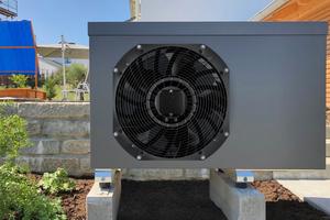 """EC-Axialventilator """"AxiEco Perform"""" im Anwendungsbeispiel Luft-/Wasser-Wärmepumpe<br />"""
