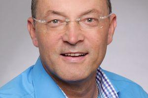 Andreas Schiffler kennt die Heizungsbranche seit über 30 Jahren. Er ist bei PYD-Thermosysteme angestellter Vertriebsrepräsentant im Südosten Bayerns.