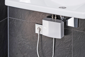 ... bringt warmes Wasser an jedes Handwaschbecken.