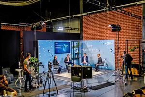 Keynotes und Paneldiskussionen vertieften die Themen Nachhaltigkeit, Hygiene und Digitalisierung und sind On Demand abrufbar.
