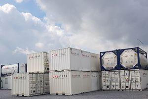 Container zur mobilen Wasserversorgung im Lager …