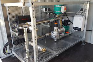 "Pumpe Wilo-""COR-1 MHIE 205-GE"" in separaten Pumpen-Containereinheit"