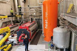 """Das multivalente Wärmezentrum """"heatlink"""" aus der """"thermolink""""-Familie. Die Sammel- und Verteillösung ermöglicht einen optimalen Wärmepumpenbetrieb und eine effiziente Vorhaltung insbesondere von regenerativ erzeugter Energie."""