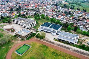 Leuchtturmprojekt für öffentliche Einrichtungen: Engie Deutschland realisiert am Schul- und Sportzentrum Oberhausen-Reinhausen ein komplexes und deutschlandweit einzigartiges erweitertes Energiespar-Contracting.