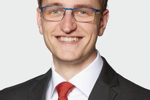 Stefan Winter ist Technischer Berater für die Produktbereiche TGA (Entrauchungs- und Brandgassysteme) und Helios Air1 (Kompaktlüftungsgeräte mit Wärmerückgewinnung)