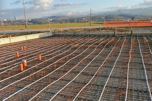 Auch bei der Versorgung durch Photovoltaikwärme muss die Bauteilaktivierung bereits in einer sehr frühen Konzeptionsphase der Haustechnikplanung berücksichtigt werden.