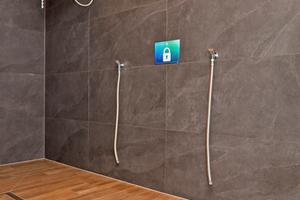 """Exklusivität wird den Besuchern der Saunalandschaft in der Wasserwelt """"Rulantica"""" überall geboten, bis hin zu den ausgesprochen kreativ ausgestatteten (und installierten) Duschanlagen im Saunabereich."""