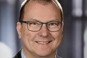 Dipl.-Ing. (FH) Volker Wiersbitzki, Vertriebsingenieur bei der Bomat Heiztechnik GmbH, stellte sich den Fragen der tab-Redaktion.