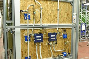 """<div class=""""99 Bildunterschrift"""">Für die Rahmenkonstruktion setzten die Experten auf """"Rapid Pro"""", ein hoch belastbares Baukastensystem für Sanitärlösungen nach Maß.</div>"""