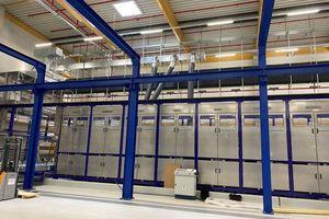 Das neue Service Center für Plattenwärmetauscher nutzt vollautomatische Systeme wie diese Chemiebadanlage.