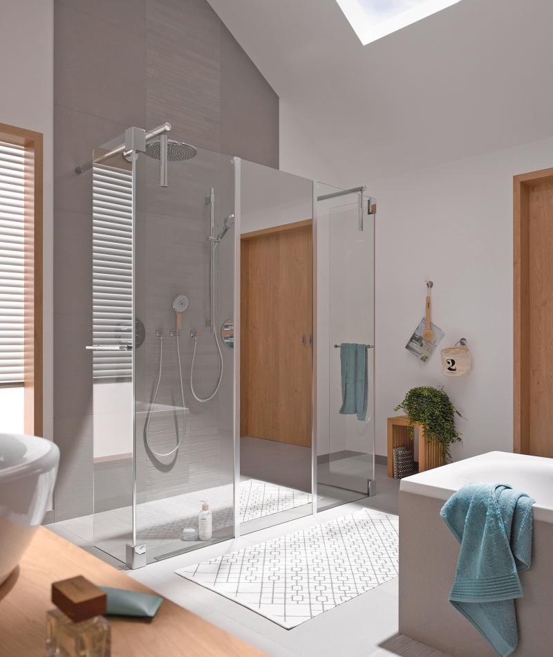 tab themen sanit r produkte spiegel an der dusche. Black Bedroom Furniture Sets. Home Design Ideas