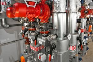 """Die Pumpendrehzahlregelung """"PumpDrive"""" regelt an den Heizungsverteilern den Pumpenbetrieb bedarfsabhängig; die Pumpen der Baureihe """"Etaline"""" arbeiten so jeweils nur mit der zur Überwindung der Förderwiderstände nötigen Pumpenleistung<br />"""