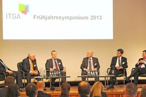 Auf dem Podium (v.l.n.r.): Harald Kretschmann, Manfred Greis, Torsten Wenisch, Prof. Dr. Karl-Heinz Meier-Braun, Eric Giese, Prof. Thomas Brandin