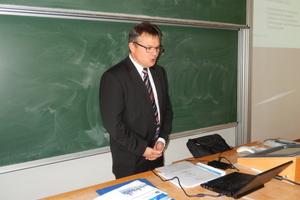 Prof. Dr.-Ing. Mario Reichel berichtete über Aktuelles aus Forschung und Lehre