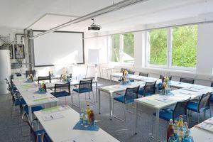 Ein moderner Schulungsraum ergänzt seit kurzem die KaMo-Zentrale in Ehingen.