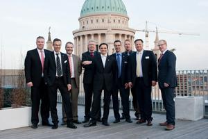Fünf Fachreferenten der Firmen Viessmann, Grundfos, Rehau, Enwa und Danfoss berichten über das Thema Wärmeversorgung im Verbund.