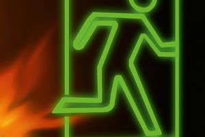"""Der vorbeugende Brandschutz ist eine komplexe Disziplin – gerade im Bereich der Haustechnik. Rockwool entwickelt und prüft seit 20 Jahren Brandschutzsysteme für unterschiedlichste Installationssituationen und warnt vor """"Insellösungen"""" einzelner Rohrhersteller.<br />"""