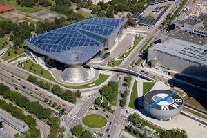 Die BMW-World in München mit Solarmodulen des Dresdner Herstellers Solarwatt.<br />