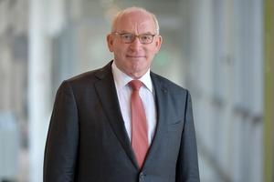 Prof. Dr. Martin Viessmann konzentriert sich auf die Rolle des Präsidenten des Verwaltungsrats als oberstem Organ der Unternehmensgruppe und wendet sich verstärkt strategischen Aufgaben zu.