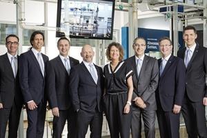 Das neue Führungsteam von Geberit und Keramag (v.l.n.r.): Peter Hein, Thomas Brückle, Jürgen Dewald, Marcus Leiendecker, Sieglinde Just, Michael Deipenbrock, Franz Grawe, Clemens Rapp.