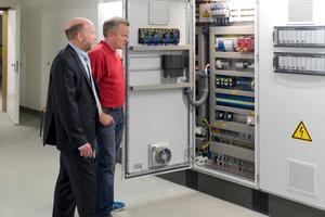 Von Experten abgenommen: Dass Technik und Automation im Campusgebäude bei optimalem Komfort nachhaltig und energieeffizient geplant sind, dokumentiert das Zertifikat eu.bac System.<br />