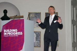 Günther Mertz, Geschäftsführer des FGK und des BTGA, referierte über die Rolle der TGA bei Bauvorhaben im Kontext der aktuellen politischen Rahmenbedingungen.<br />