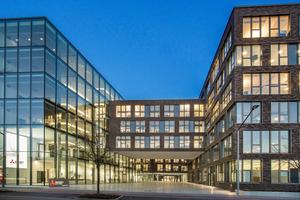 Das DBZ & tab-Werkgespräch führt am 8. Dezember 2016 zur Besichtigung der neuen Deutschlandzentrale von Mitsubishi Electric nach Ratingen.