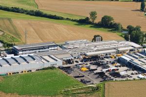 Am Standort Lenting sind Entwicklung, Produktion, Logistik und Vertrieb angesiedelt