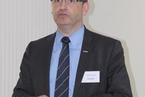 Andreas Gelbke, bei Panasonic verantwortlich für das Klima- und Wärmepumpengeschäft in D-A-CH, sieht Panasonic schon 2014 unter den Top 3 im deutschen Markt für Luft-/Wasser-Wärmepumpen