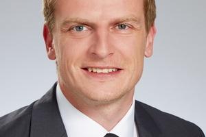 Mit Michael Rohrbach (34), staatlich geprüfter Techniker für Heizungs-, Lüftungs- und Klimatechnik, erweitert Zehnder sein Trainerteam Comfosystems. Herr Rohrbach bringt fundierte Erfahrung im Bereich komfortable Wohnraumlüftung als Zentralheizungs- und Lüftungsbauer mit. (Zehnder Group Deutschland GmbH, Lahr)