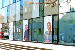 Die Hochschule Esslingen legt einen hohen Wert auf die enge Vernetzung von Wissenschaft und Praxis und arbeitet daher mit Unternehmen wie Siemens zusammen.