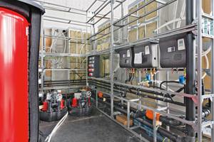 """Vorgefertigte """"GIS IV""""-Register sorgen für einen schnellen Arbeitsfortschritt bei der Errichtung der Technikzentralen in den Sanitärinseln."""
