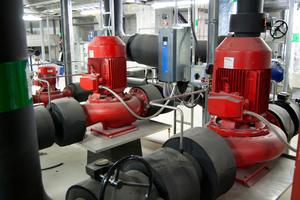 """Von diesen 37-kW-Inline-Modellen von Xylem befinden sich rund 150 Stück im schwedischen Einkaufszentrum """"Mall of Scandinavia""""."""