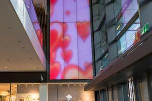 Das LED-Beleuchtungssystem soll in der Centrum Galerie in Dresden mit spektakulären Lichteffekten für stimmungsvolles Ambiente sorgen.
