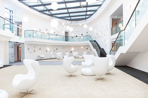 """Das Atrium wird von """"Airconomy"""", einem System mit Mehrfachnutzen, ..."""