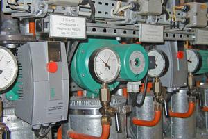 Durch den Austausch der ungeregelten Pumpen gegen moderne Hocheffizienzpumpen spart das Unternehmen jährlich fast 12000 € Stromkosten ein
