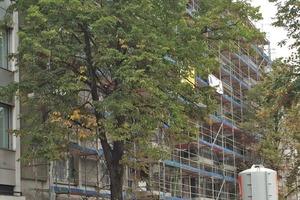 Baustelle für gehobenes Wohnen mit erneuerbaren Energien