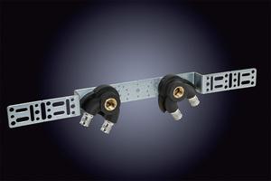 Mit der verbesserten Montageschiene können Doppelwandwinkel künftig vom Mittelpunkt aus vermessen, versetzt oder in verschiedenen Winkeln befestigt werden.
