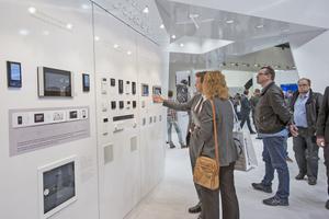 ... im Verbund mit der Haus- und Gebäudeautomation eine Plattform für die Gebäudetechnik ...