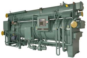 Absorptionskältemaschinen, wie diese von Johnson Controls, sind in der Lage, Kälte aus der Abwärme eines BHKW zu generieren. (Foto: Johnson Controls)