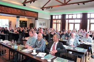 """Teilnehmer des TGA Fachforums """"Intelligente Energiekonzepte"""" am 7. Juni in Hamburg<br />"""