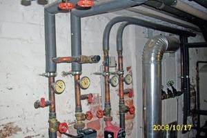 Fehlerhafte Anlagenhydraulik und fehlende Wärmeschutzisolierung in einem Einfamilienhaus<br />