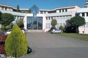 Bereits seit 1993 besteht eine Schweizer Tochterfirma mit Sitz in Bubikon. 2016 wurden weitere Niederlassungen in Belgien und Italien gegründet.